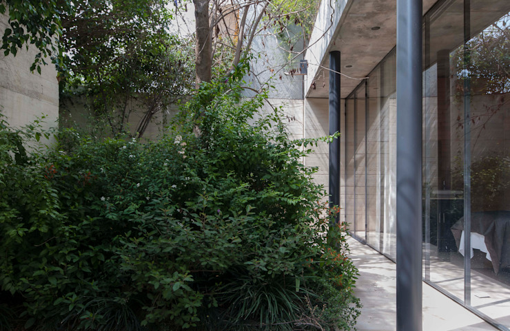 SPA JIVA Jardines minimalistas de Ambrosi I Etchegaray Minimalista