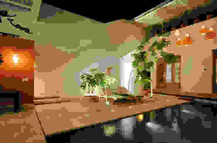 Moderne Pools von Ancona + Ancona Arquitectos Modern
