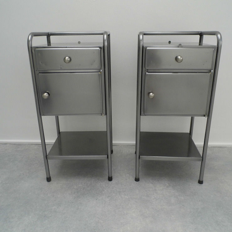 Vintage Industrial bedside Cabinets: industrial  by Travers Antiques, Industrial