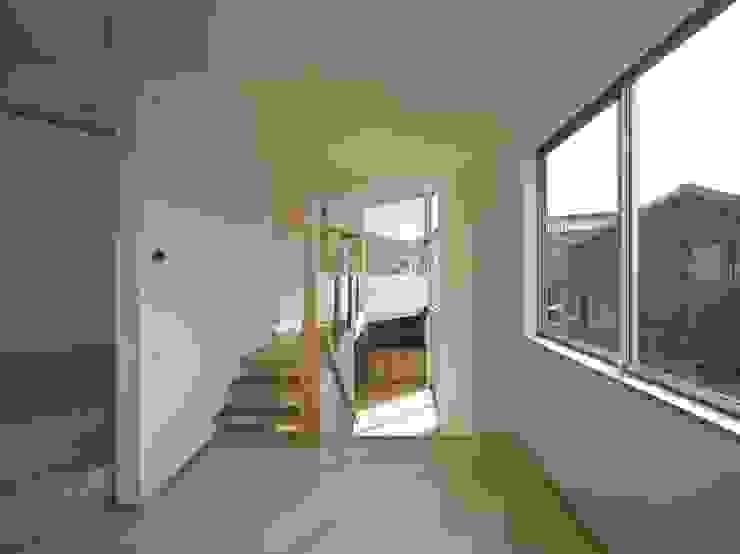 兵庫・S モダンデザインの リビング の 塔本研作建築設計事務所 モダン