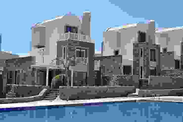 Modern Houses by Estateinwest Modern