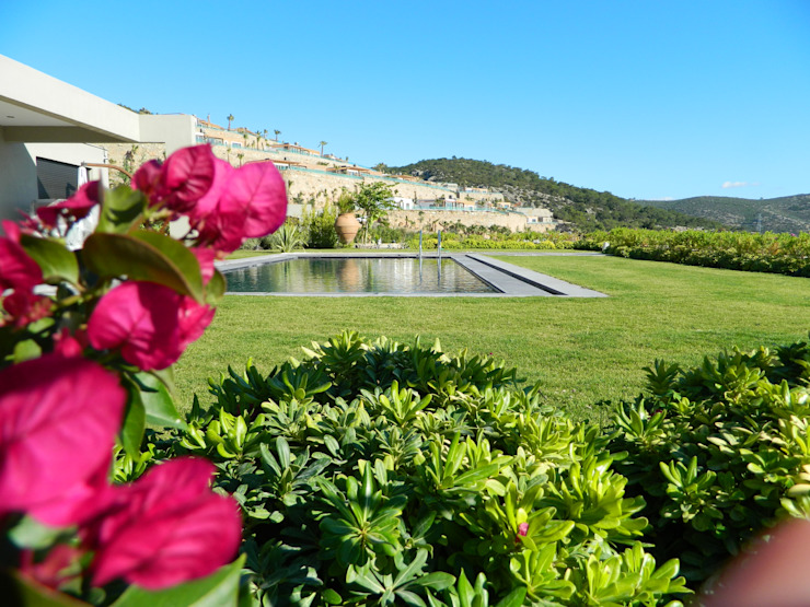 Jardines de estilo mediterráneo de ISLA GRUP Mediterráneo