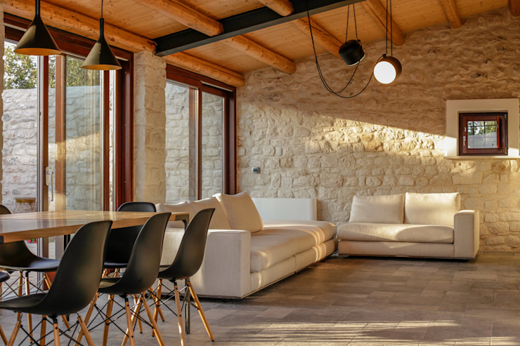 Living room by Viviana Pitrolo architetto, Country