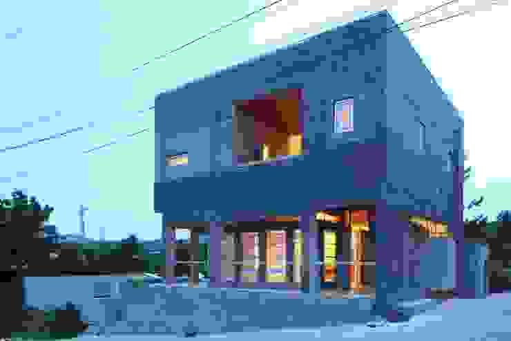 무회건축연구소 Modern houses