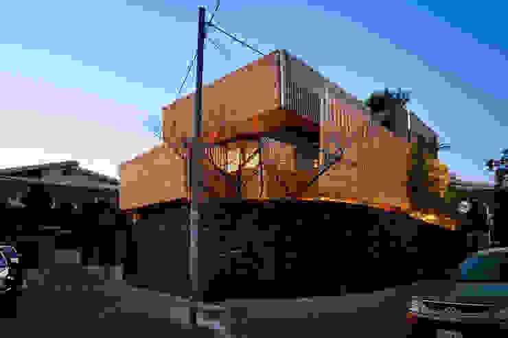 現代房屋設計點子、靈感 & 圖片 根據 무회건축연구소 現代風