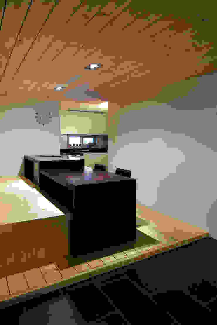 정현이네 아파트 집수리(Jung-hyun's Apartment Jip-soori) 모던스타일 주방 by 무회건축연구소 모던