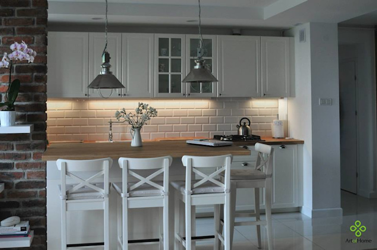 Modern style kitchen by Art of home Modern