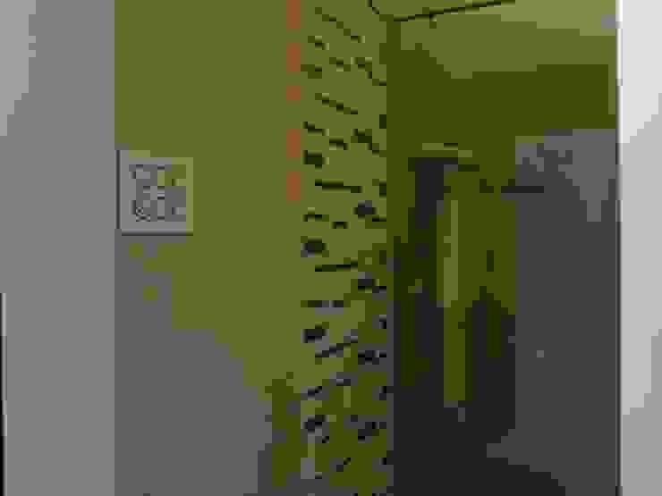 Shower Area Modern bathroom by Five One Interio Modern
