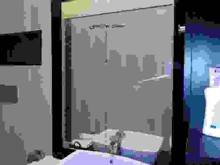 Bathroom Modern bathroom by Five One Interio Modern