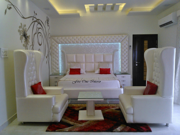 Bedroom Modern style bedroom by Five One Interio Modern