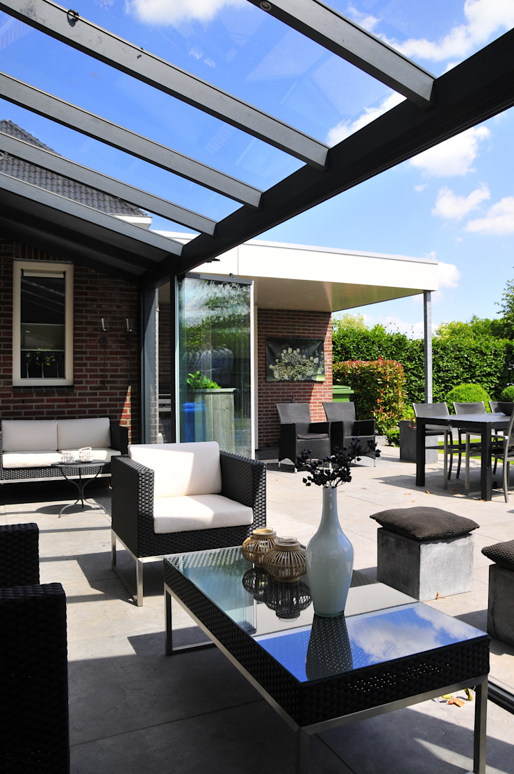 Casas modernas de Pallazzo Veranda Moderno