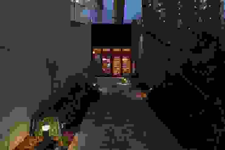 Inizia La Cucina オリジナルなレストラン の 株式会社シーンデザイン建築設計事務所 オリジナル