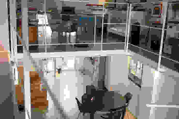 Casa CM Studio in stile industriale di Nicola Sacco Architetto Industrial