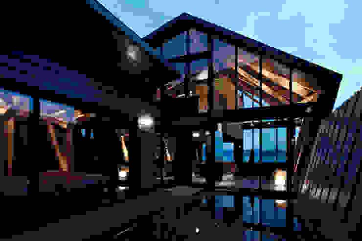 Villa SSK by Takeshi Hirobe Architects /株式会社 廣部剛司建築研究所