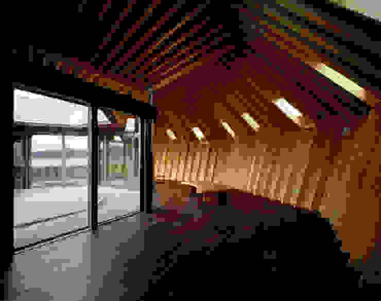 海辺のシェルハウス 家 の Takeshi Hirobe Architects /株式会社 廣部剛司建築研究所