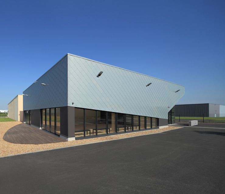 ECOLE DE DANSE / Compagnie OMbreS par Atelier d'Architecture Gilles BERTRAND