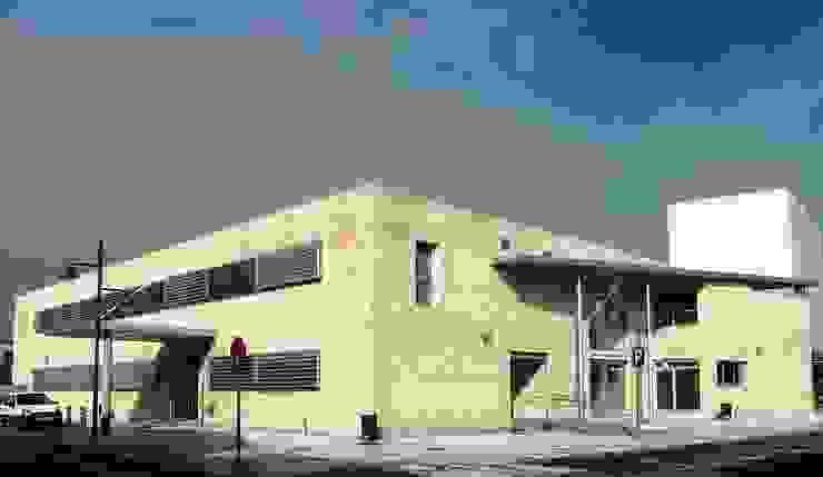 Centro de Salud La Campiña en Marchamalo de Argola Arquitectos Moderno