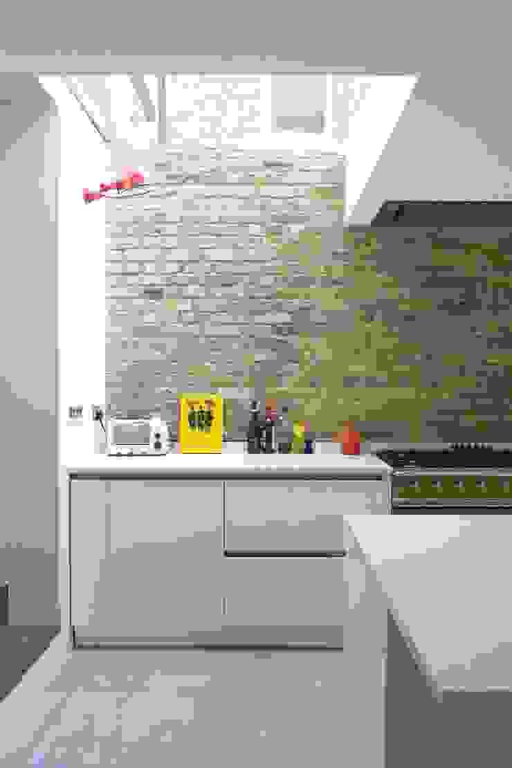 Huddleston Road Sam Tisdall Architects LLP Modern Kitchen