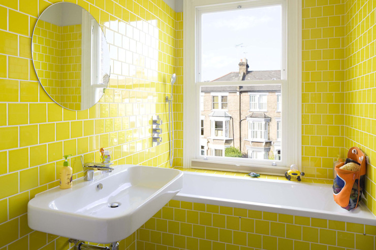 Huddleston Road Sam Tisdall Architects LLP Bagno moderno