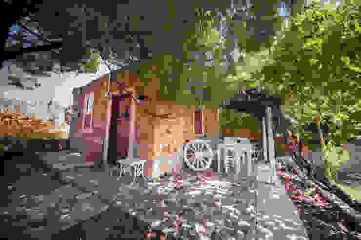 Genel Görünüm ARAL TATİLÇİFTLİĞİ Kırsal Balkon, Veranda & Teras