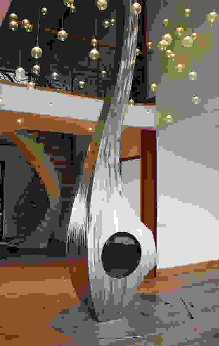 Bespoke sculptural fire: modern  by Firemaker, Modern
