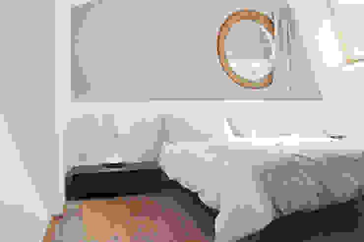 Casas estilo moderno: ideas, arquitectura e imágenes de Bcubo Architetti Moderno