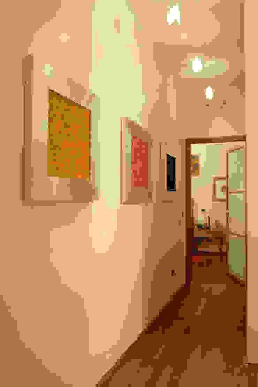 passaggio zona giorno -notte di Studio L'AB Landcsape Architecture & Building Moderno