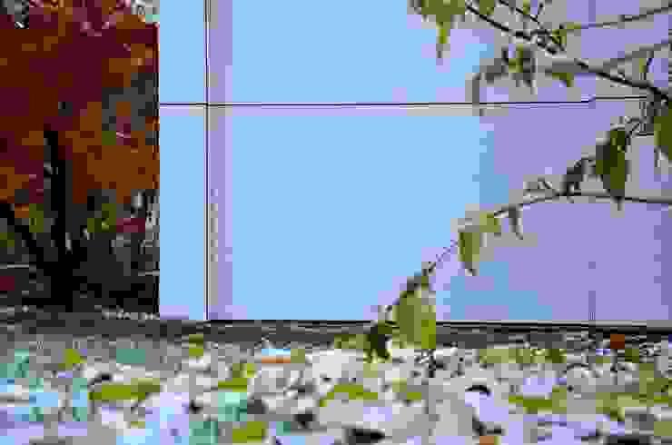 @gart design gartenhaus - Augsburg Moderner Garten von design@garten - Alfred Hart - Design Gartenhaus und Balkonschraenke aus Augsburg Modern Holz-Kunststoff-Verbund