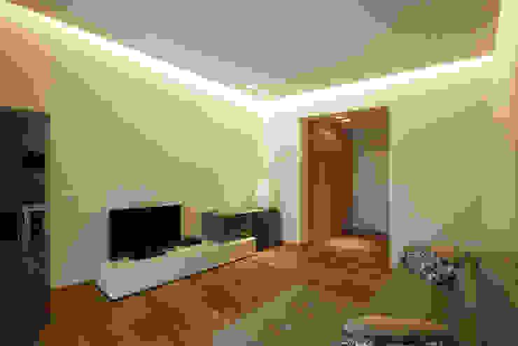Casa in centro storico Camera da letto moderna di Luca Mancini | Architetto Moderno