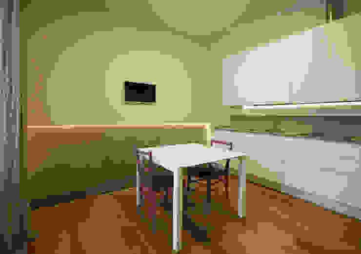 Casa in centro storico Cucina moderna di Luca Mancini | Architetto Moderno