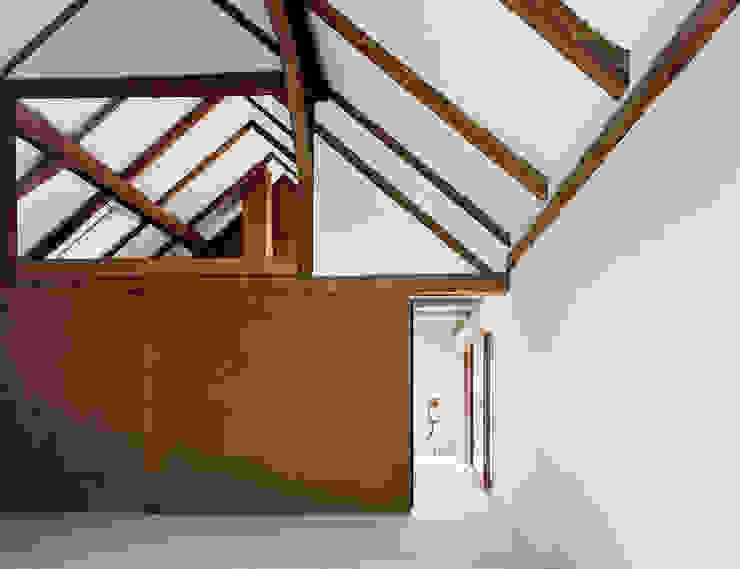 Finestre & Porte in stile minimalista di JAN RÖSLER ARCHITEKTEN Minimalista