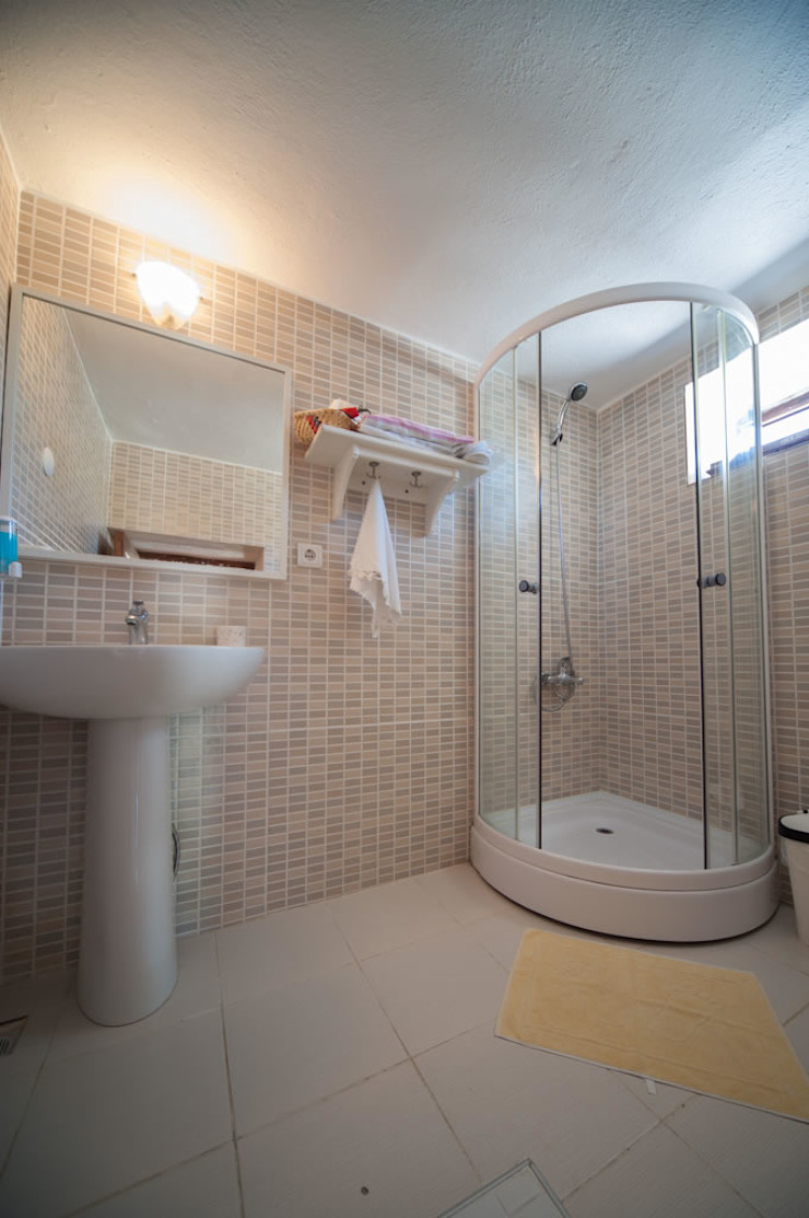Modern bathroom by ARAL TATİLÇİFTLİĞİ Modern