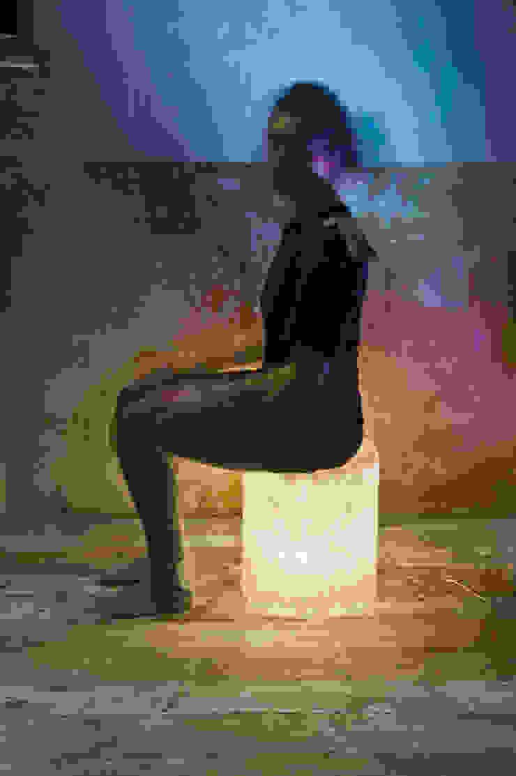 Bin F nebula di in-es.artdesign Moderno