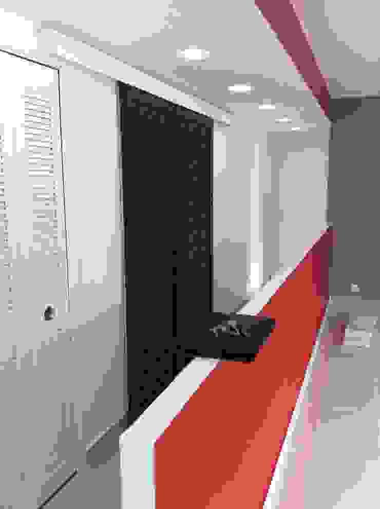 Rénovation séjour en Seine-et-Marne par MH DECO Asiatique