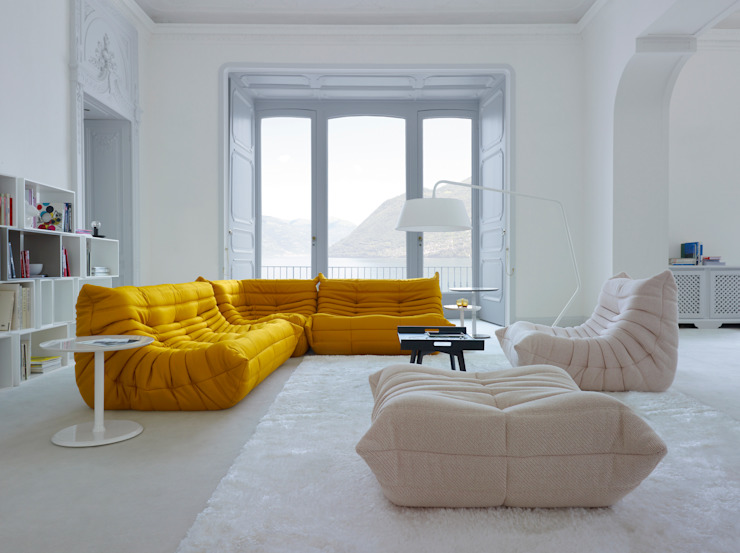 Living room by Roset Möbel GmbH