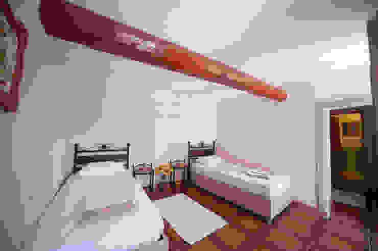 Pırpır Damı Modern Yatak Odası ARAL TATİLÇİFTLİĞİ Modern