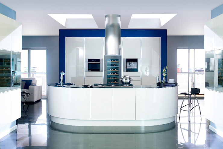 Modern White Kitchen: modern  by Kitchens Continental Ltd, Modern