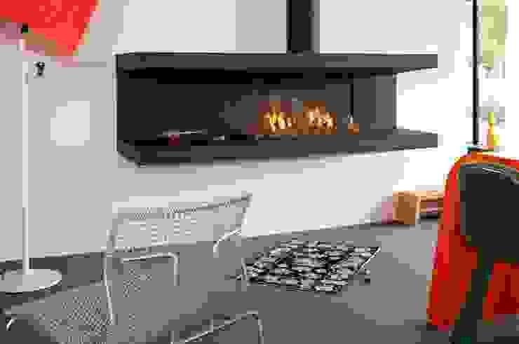 C-Fire 200: modern  by Tulipalo, Modern