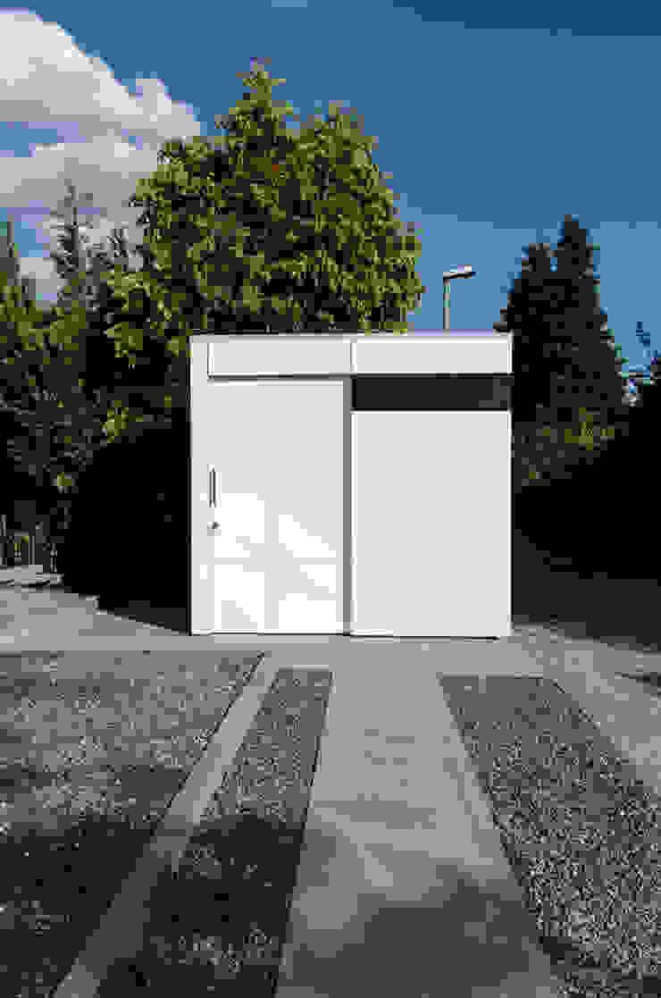 design@garten - Alfred Hart - Design Gartenhaus und Balkonschraenke aus Augsburg สวน ไม้ผสมพลาสติก Turquoise