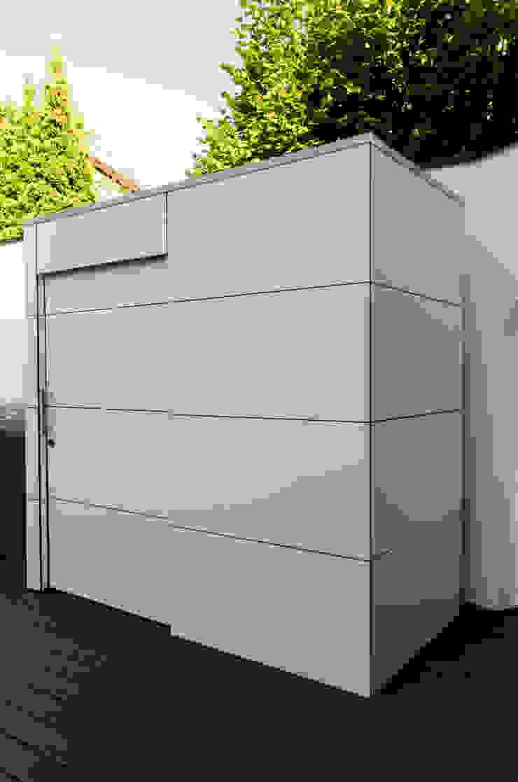 gartenhaus @gart eins - Heilbronn: modern  von design@garten - Alfred Hart -  Design Gartenhaus und Balkonschraenke aus Augsburg,Modern