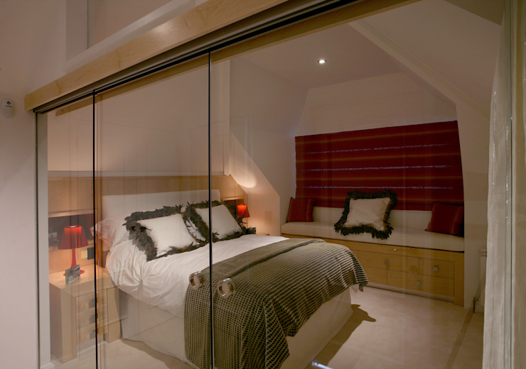 Guest Bedroom: modern  by Angel Martin Interiors, Modern