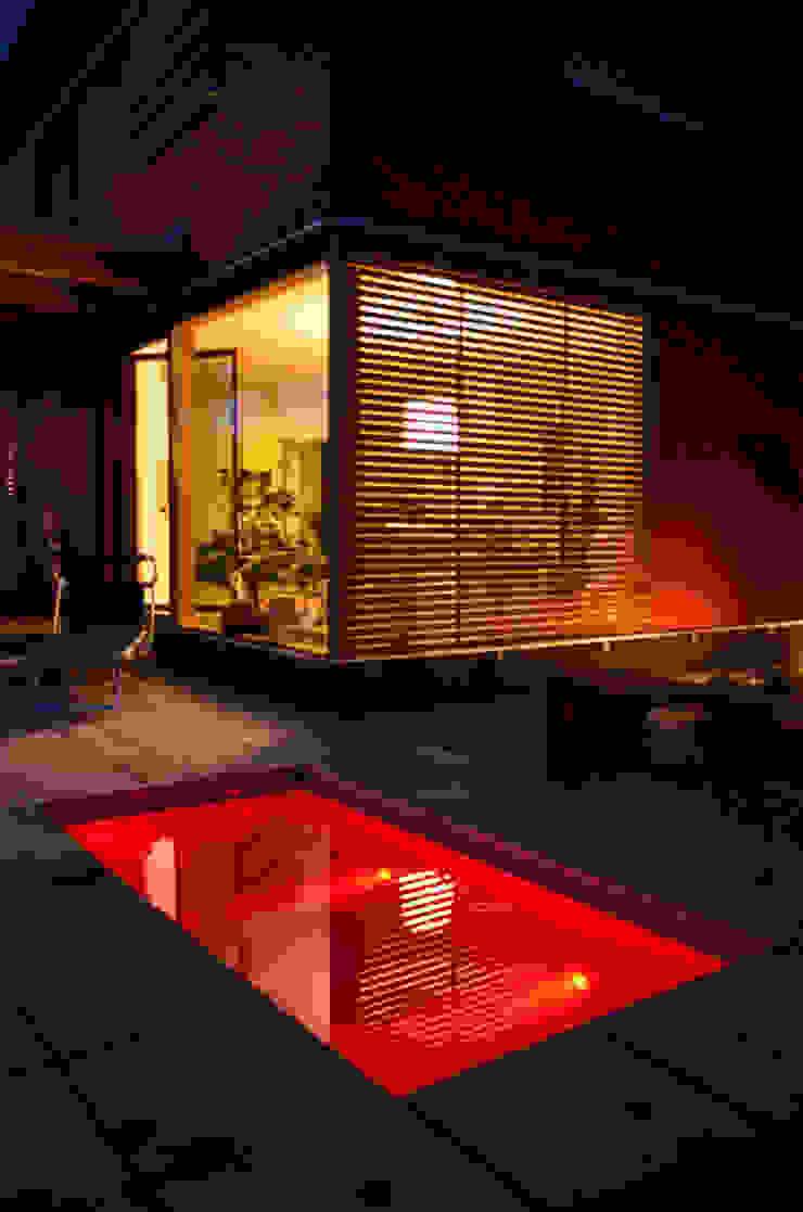 design@garten - Alfred Hart - Design Gartenhaus und Balkonschraenke aus Augsburg สวนสระว่ายน้ำและบ่อน้ำ