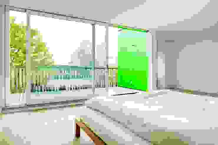 Chambre classique par hausbuben architekten gmbh Classique