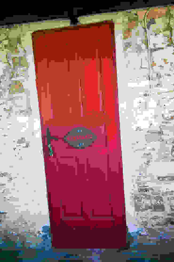 Karakız Rustik Pencere & Kapılar ARAL TATİLÇİFTLİĞİ Rustik