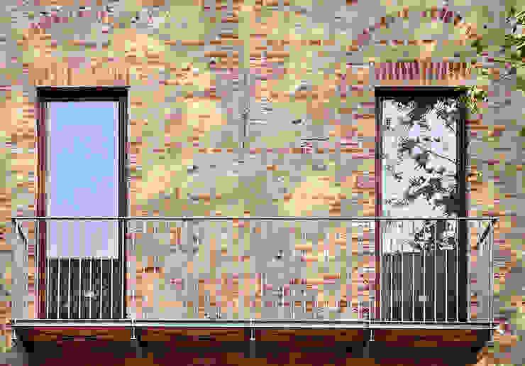 """Ristrutturazione edilizia, restauro e risanamento conservativo del complesso della """"VILLA GAY di QUARTI"""" a Grugliasco (Torino) di ArTech Studio architetti"""