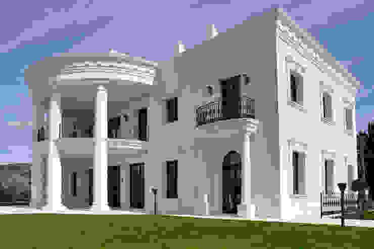Decoración de Fachadas .- Villas de J.ALGUACIL PIEDRA ARTIFICIAL Mediterráneo