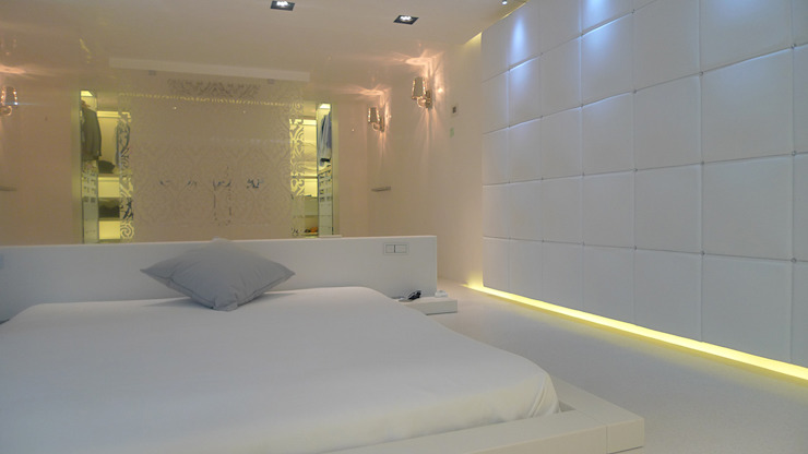 Dormitorios de estilo  por Ivan Torres Architects