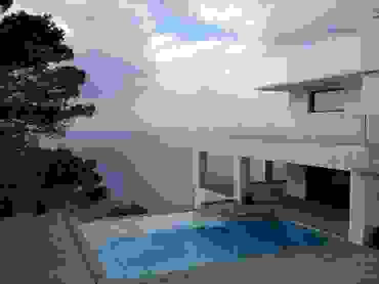 Ivan Torres Architects Pool