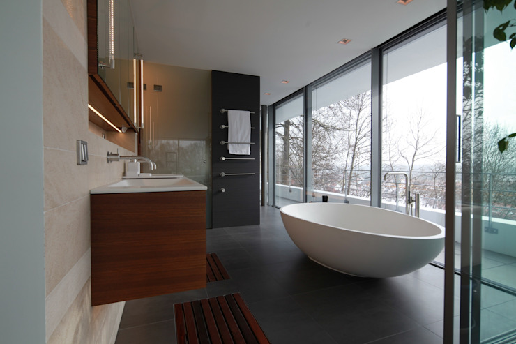 Modern Bathroom by Herzog-Architektur Modern