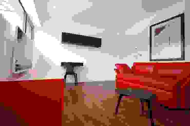 Anwesen in Freising Moderne Wohnzimmer von Herzog-Architektur Modern